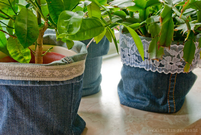 Jeans-Upcycling: Fertige Übertöpfe