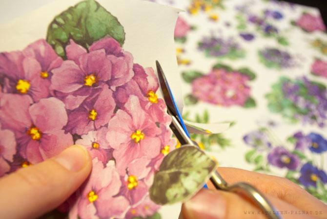 Blumenmotive ausschneiden