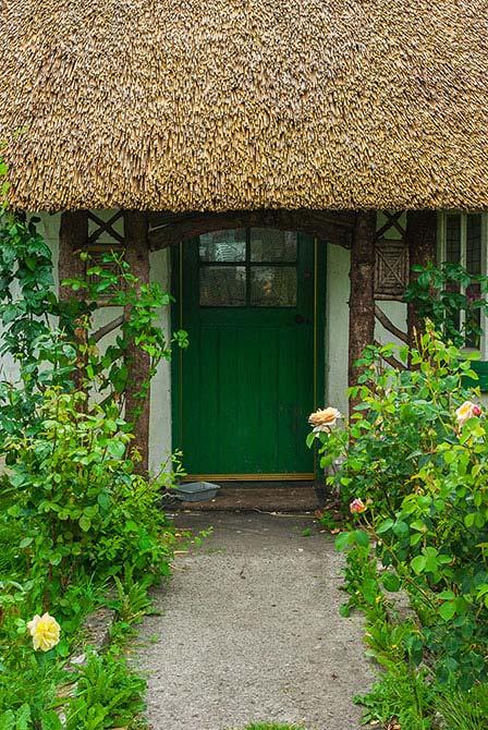 Hübsches, reetgedecktes Haus in Adare