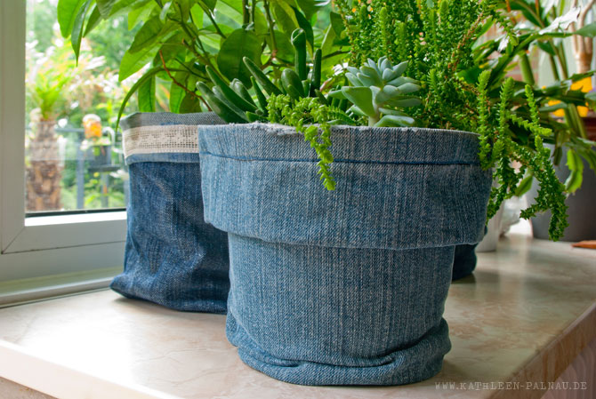 bert pfe in denim das jeans upcycling geht weiter. Black Bedroom Furniture Sets. Home Design Ideas