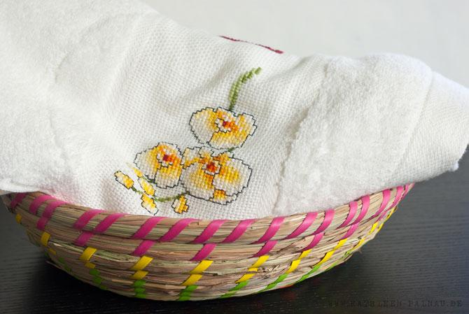 Handtuch und Flechtschale für Corinna