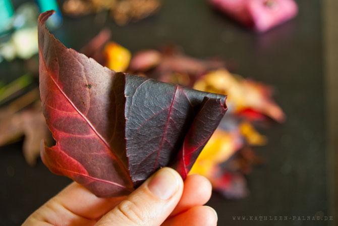 Schritt 3: Blätter einrollen