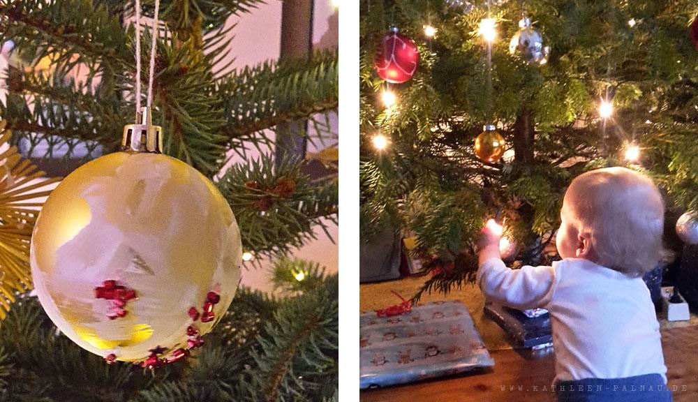 Tristans Weihnachtskugel und der Kleine unterm Weihnachtsbaum bei meinen Eltern