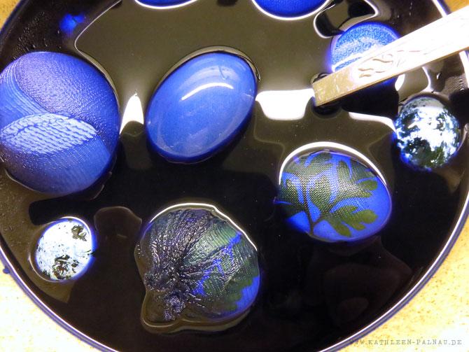 Eier in der Blauen Farbe