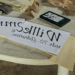 Selbstgemachtes Sperrholzschild als Geburtstagsgeschenk
